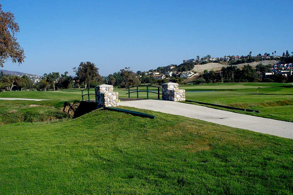 example golf course water feature, bridge